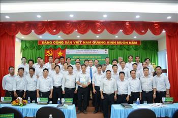 Truyền tải điện miền Đông 1 tổ chức Hội thảo đẩy mạnh thực thi các giá trị cốt lõi của Văn hóa EVNNPT.