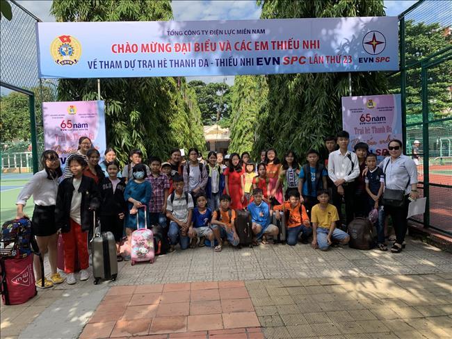 Các cháu con cán bộ công nhân viên Công Ty Truyền tải điện 4 tham dự Trại hè Thanh Đa năm 2019