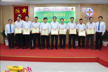 Truyền tải điện Miền Tây 3 tổ chức thành công Hội nghị Người lao động năm 2020.