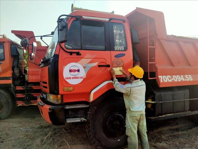 Hướng dẫn an toàn điện cho công nhân Công ty Băng Dương E&C.