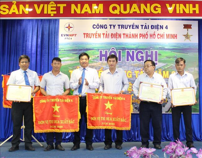 Truyền tải điện Thành phố Hồ Chí Minh tổ chức Hội nghị  tổng kết công tác năm 2020 và triển khai nhiệm vụ năm 2021