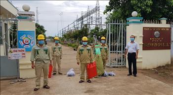 Công đoàn Truyền tải điện miền Tây 1 Tổ chức thăm hỏi động viên các điều hành viên tập trung trực vận hành Trạm 220kV Bạc Liêu – Tổ Thao tác Lưu động Bạc Liêu