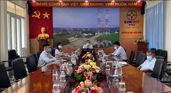 Truyền tải điện Miền Đông 1 tham gia trực tuyến chương trình trao đổi, hướng dẫn triển khai Tài liệu Văn hóa EVNNPT.