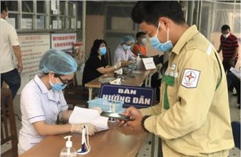 Trạm 500kV Tân Uyên thực hiện tiêm vắc-xin phòng, chống dịch bệnh COVID-19