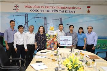 Công đoàn Điện lực Việt Nam Thăm hỏi, tặng quà nhân dịp Tết Canh Tý năm 2020